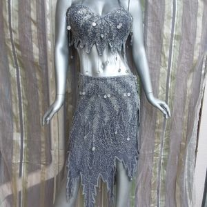 Dresses & Skirts - Large to XL Silver Bellydancing Two Piece Set Sexy
